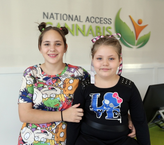 Australian sisters Tabetha, 13, and Georgia-Grace Fulton, 8